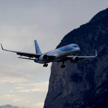 Anflug Landebahn 08