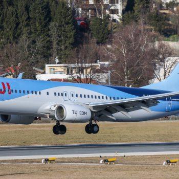 TUI Fly 737-800 G-FDZS